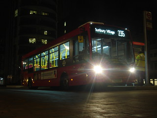 Abellio 8809 on Route 235, Brentford Great West Quarter