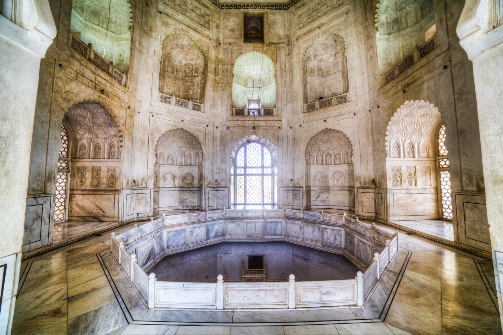 Bibi ka Maqbara — Living in the Taj Mahal's shadow ...