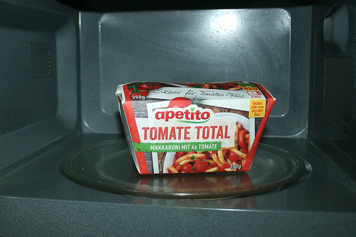 05 - Apetito Tomate Total - In Mikrowelle erhitzen / Heat in microwave