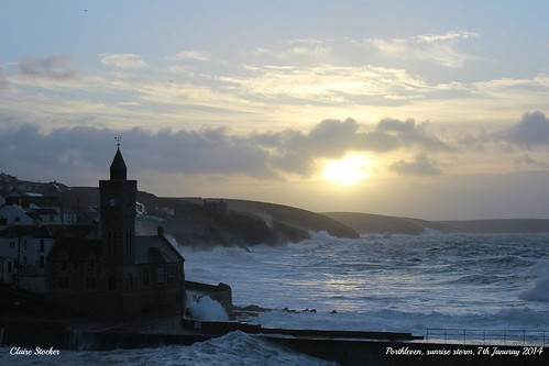 Porthleven - Sunrise Storm - 7trh January 2014 by www.stockerimages.blogspot.co.uk