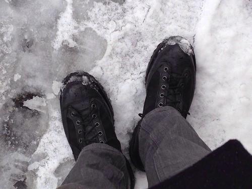 ダナーライトと積雪