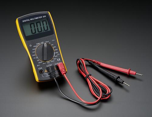 Digital Multimeter - VIC830