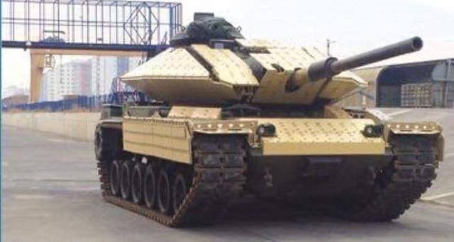 M60A3 εξοπλισμένο με θωράκιση ERA της Roketsan
