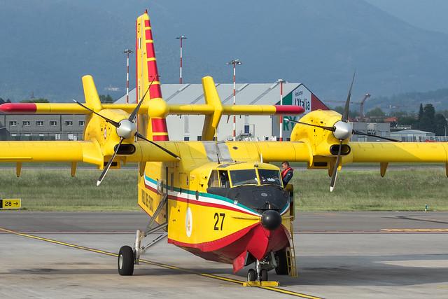 Canadair CL-415 I-DPCC