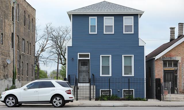 Along Ashland Avenue - Chicago - 27 Apr 2017 - 5D IV - 104