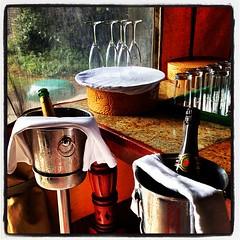 Champagnefrukost på safarin, så ska det vara! #sweetwaters