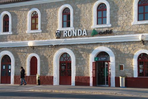 Vista de la fachada de la estación de tren de Ronda (Málaga)
