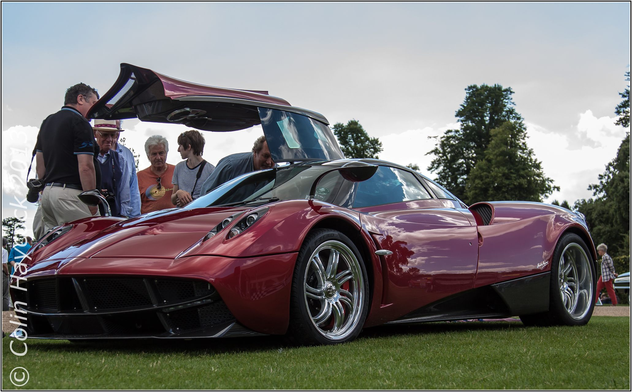Pagani Huayra - Red/CF, Black interior #76007 - Page 3 ...