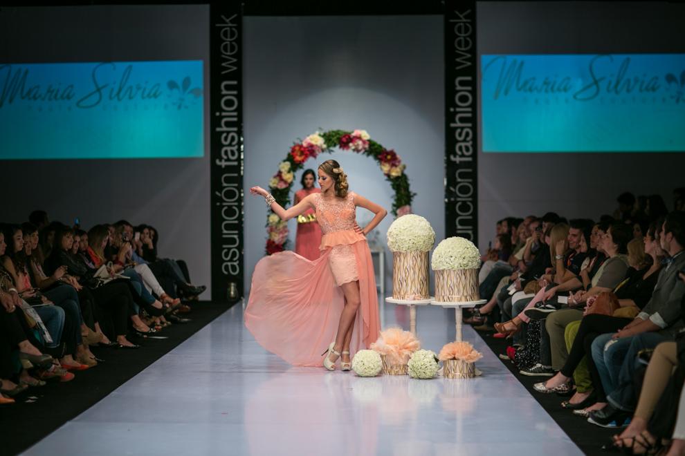 El Asunción Fashion Week celebró su décimo aniversario con la presencia de diseñadores nacionales y renombradas marcas. (Tetsu Espósito)
