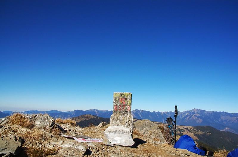 鈴鳴山三等三角點(#6373 Elev. 3272 m) 3