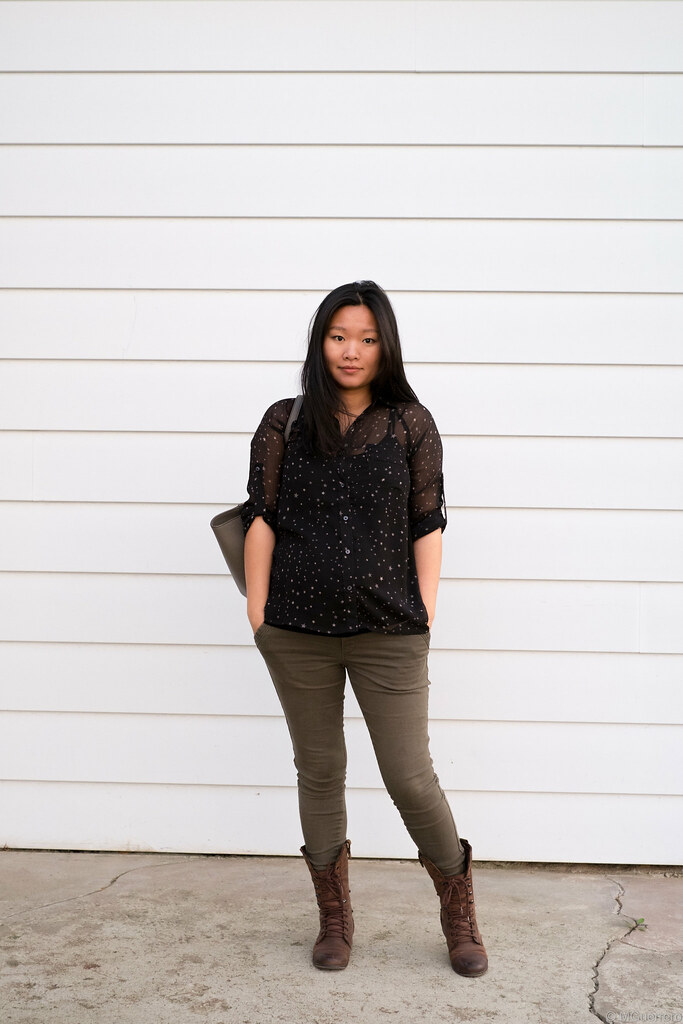 Express star blouse, Old Navy maternity skinny jeans, Steve Madden combat brown boots