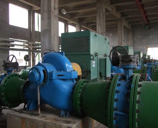 宏力水泵中开泵工作现场