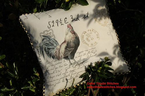 Rooster cushion front