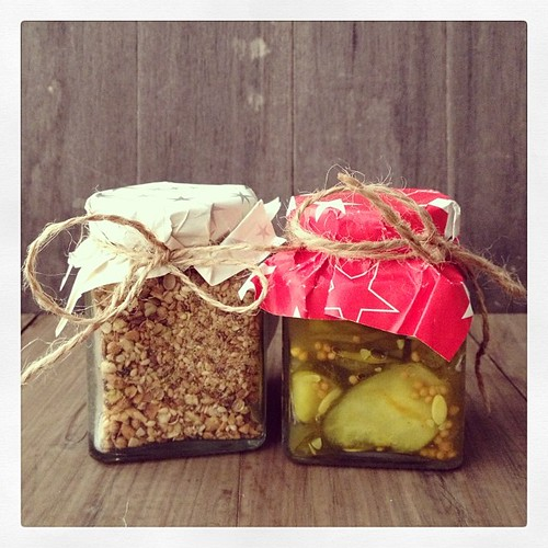 First #foodiesecretsanta gift! Dukkah and Bread & Butter Pickles ?