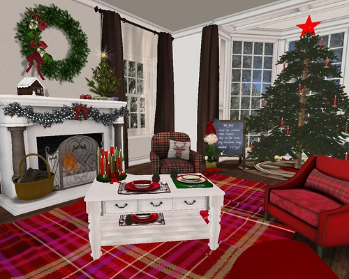 Holiday Home Tour: LR- Red Plaid Seating Area & Main Xmas Tree