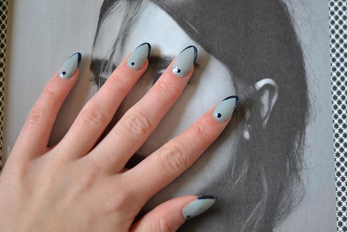 Monday Manicure 13