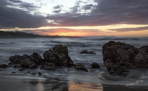 hermanus sunrise southafrica dawn rocks beaches shining atlanticocean onrus westerncape crackofdawn gansbaai greatphotographers bestcapturesaoi elitegalleryaoi onrusstrand
