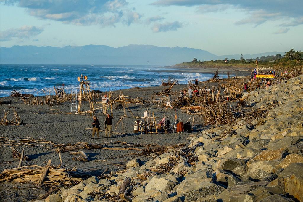 Hokitika Beach - Driftwood & Sand