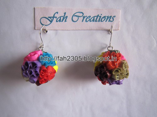 Handmade Jewelry - Beehive Quilling Paper Globe Earrings (Small) by fah2305