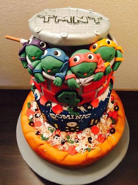 TMNT Themed Cake by Yolly Tirado