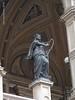 2016 June 13 - Staatsoper statue a