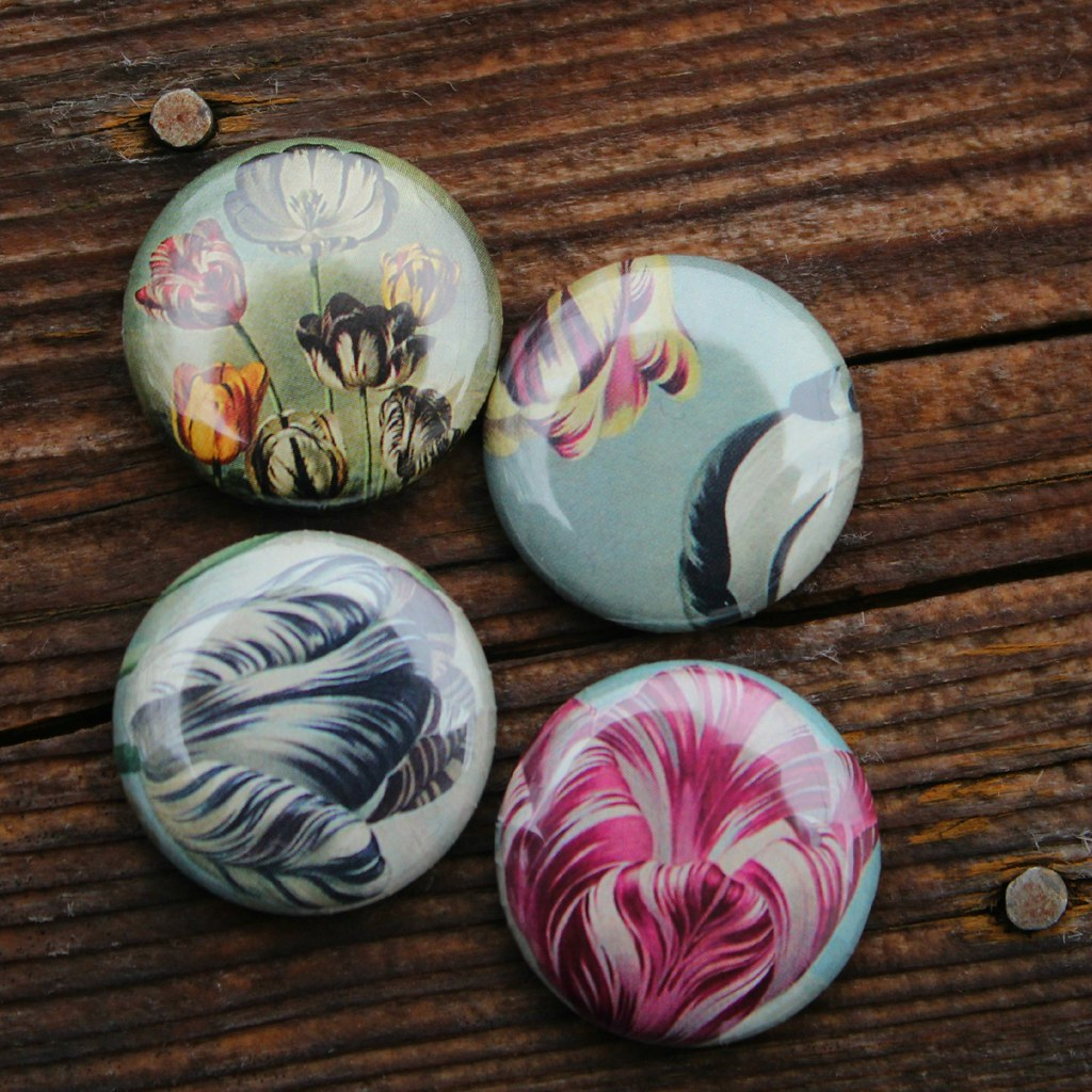 Wearable Art | A set of vintage flower pins, collaged with r