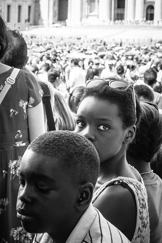 Young girl waiting for the Pope by Davide Restivo