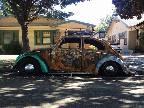 auto street urban classic beauty vw vintage bug volkswagen landscape cityscape view decay neighborhood burnout stockton burned firebug torched burnbabyburn bugbotany