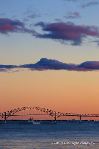 bridge sunset water canon soleil boat coucher pont 5d stlaurent bateau fleuve mark3 troisrivières laviolette