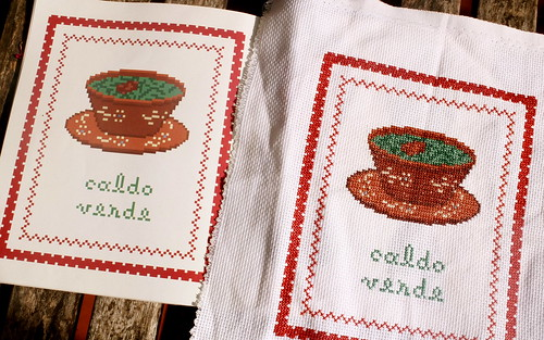 "Cross stitch pattern inspired by Portuguese soup ""caldo verde"""