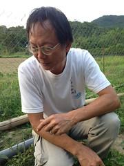 彩虹農場主人洪輝祥,以有機循環的概念,將社會成本內部化,維持農場自給自足。