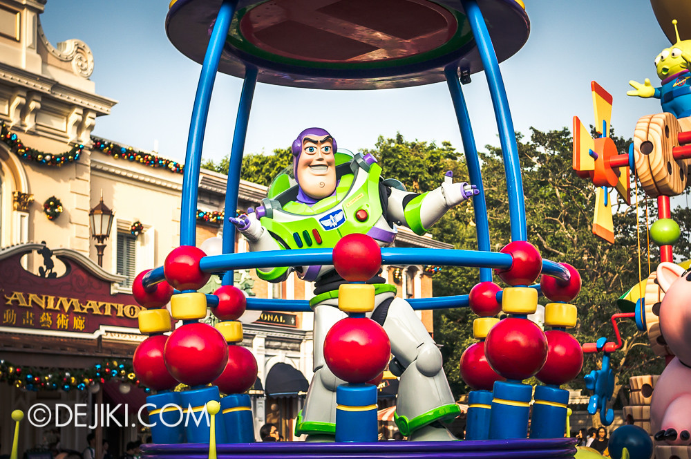 Flights of Fantasy - Toy Story B2 Buzz Lightyear