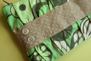 Gathered Clutch in green