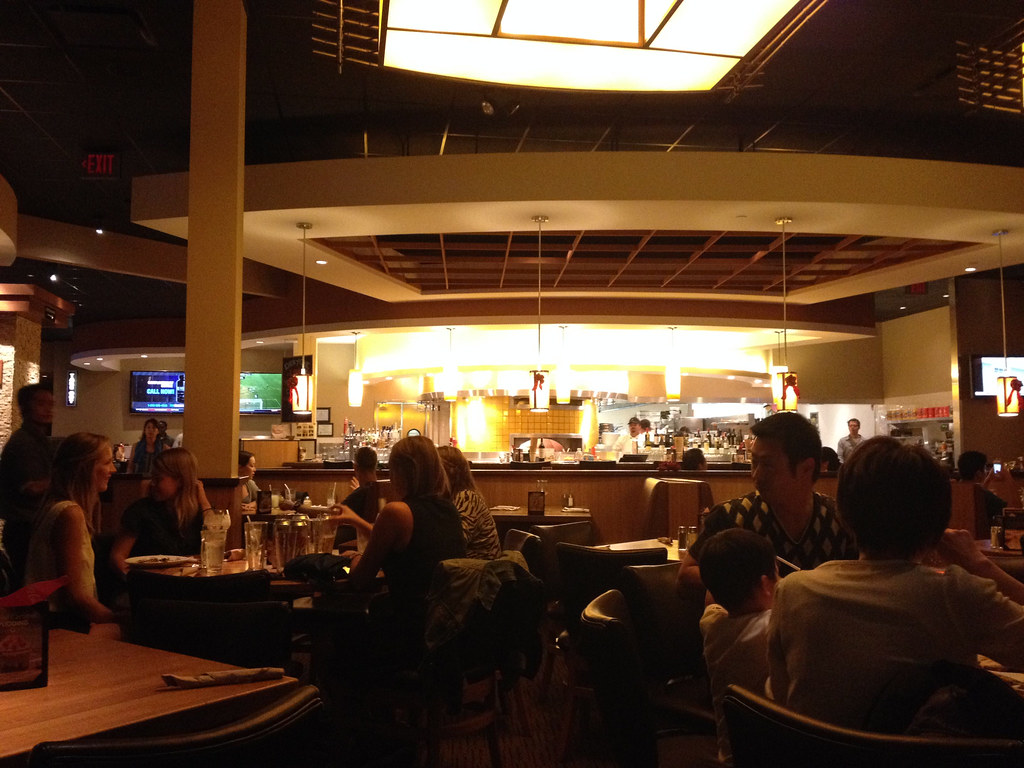 california pizza kitchen in hawaii