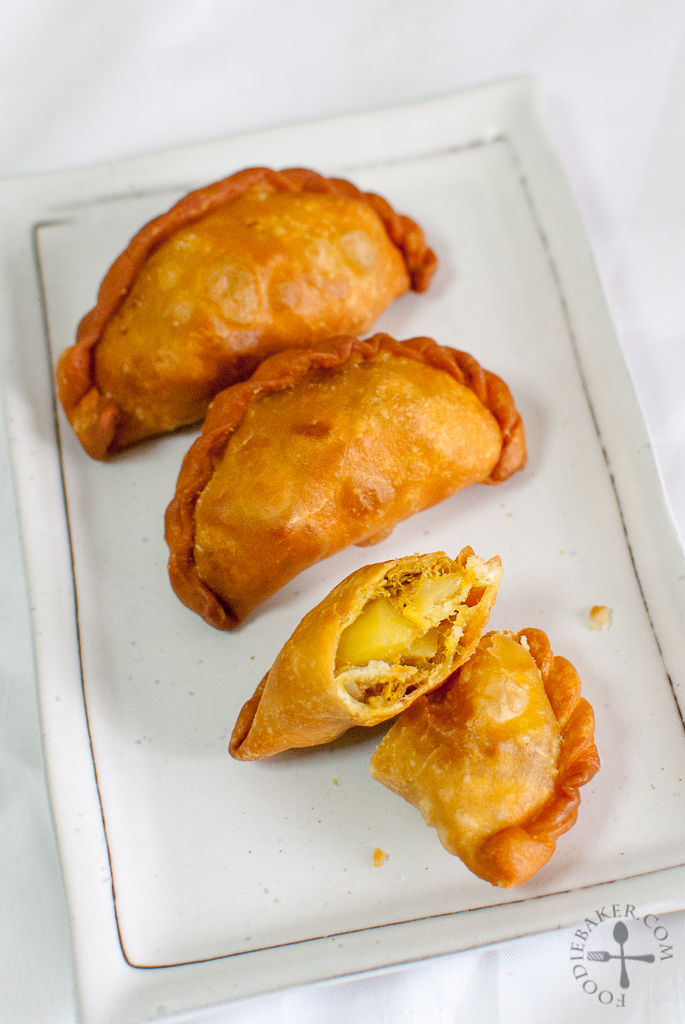 Chili Tuna Curry Puff