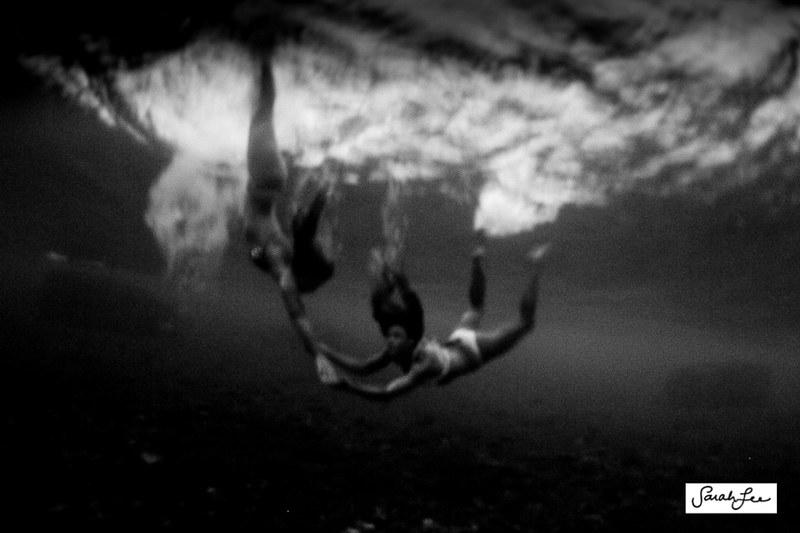 sarahlee_underwater_slow_shutter_6024.jpg