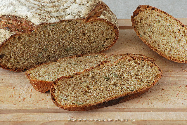 No knead spelt bread with seeds