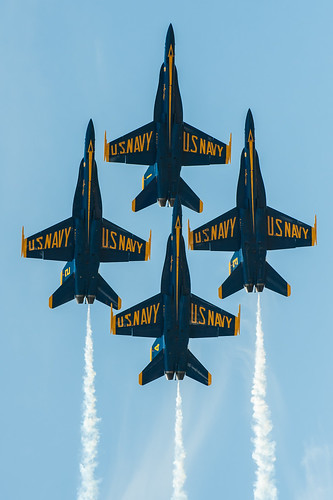 Blue Angels practice for Thunder Over Louisville