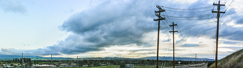 livermore eastbay alamedacounty country color april 2017 spring boury pbo31 nikon d810 sky bayarea green roadway traffic sunset panorama large stitched panoramic northlivermore 580 farm clouds over view valley powerlines storm
