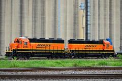 BNSF 2593 + BNSF 2594