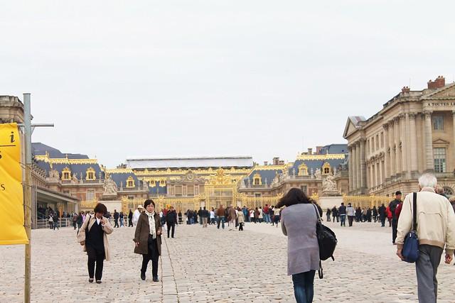 PARIS 211