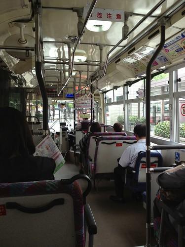 バス by haruhiko_iyota