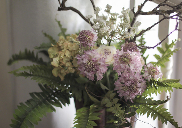 Artificial flowers arrangement - the 3rd lot