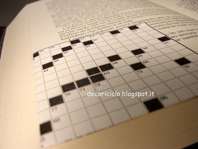 segna-libro di carta parole crociate