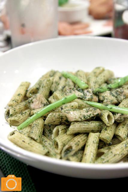 Mama Lou's Penne Pesto Al Pollo