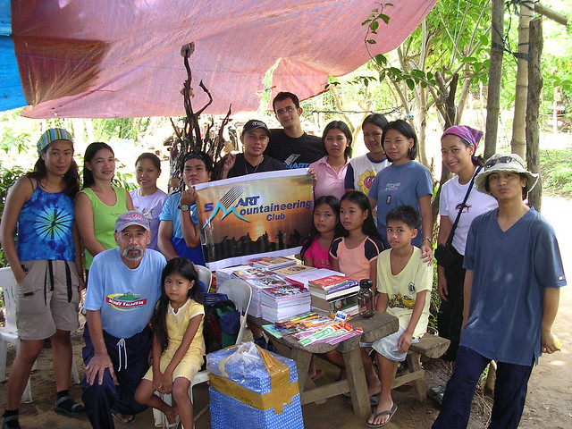 2013 08 22_smc books-school supplies donation (mt talamitam)