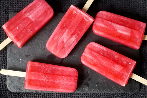 pink lemonade popsicles