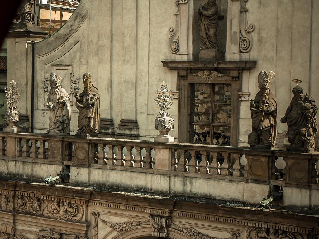 כנסיה בקלמנטינום