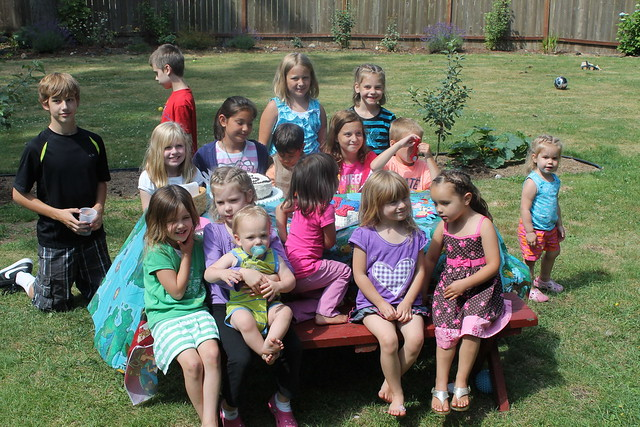 Eian's 5th birthday party, look at all the cousins!