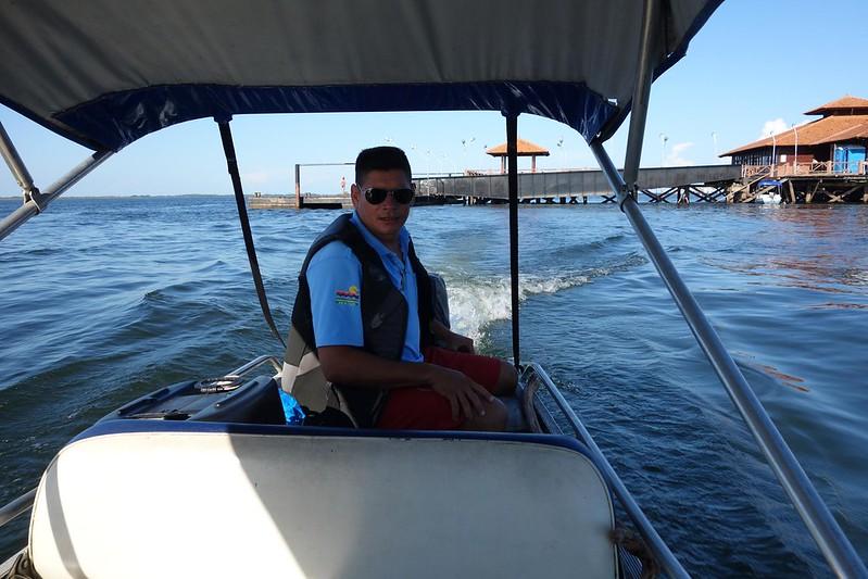 Encontro das águas do Rio Amazonas e do Rio Tapajós em Santarém, Pará Brasil